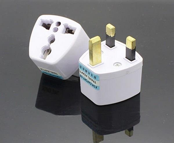 universal-power-adapter-2-pin-to-malaysia-uk-3-pin-emlabz-store-1501-09-Emlabz_Store@13